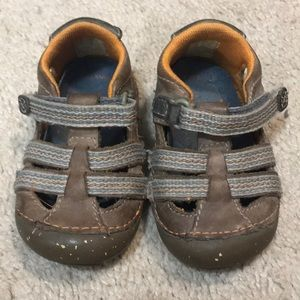 Infant leather sandals size 3 1/2 w